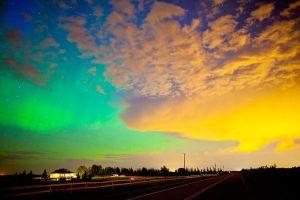 august-2011-aurora-borealis-calgary-